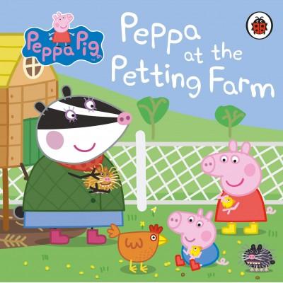 Peppa Pig: Peppa at the Petting Farm Board book